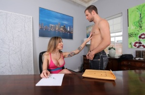 Shemale Office Porn